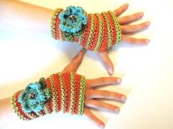 Floral Stripes Fingerless Gloves
