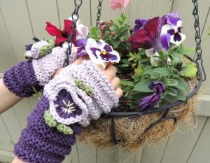 Pansy Fingerless Gloves