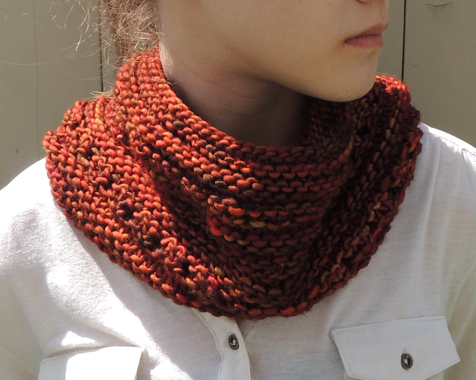 Chunky Knit Cowl Pattern Free : Free Pattern   Rachelle Chunky Lace Cowl Scarf Valerie Baber Designs - Intr...
