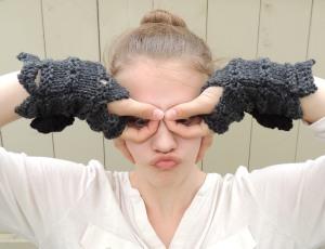 rose onie fingerless gloves grey bl3
