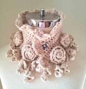 Rose Onie Collar Scarf
