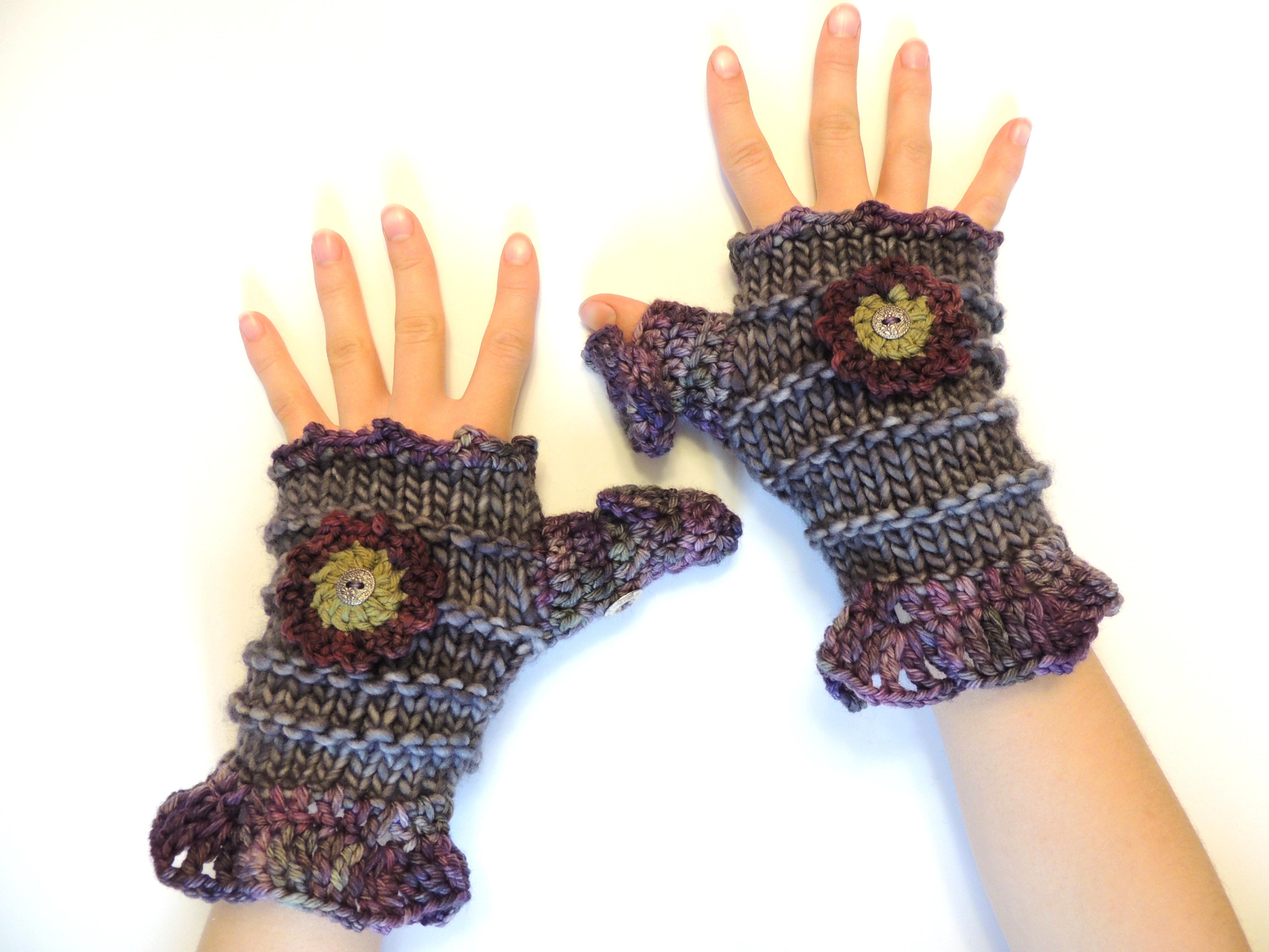 Fingerless gloves edmonton - Klohe Ruffle Hand Warmer Full Thumb Cozy