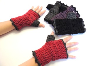 Urban Lace Fingerless Gloves, with thumb cozy