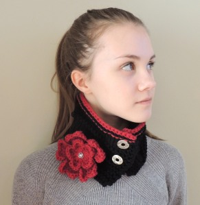 Floral Heart Collar Scarf