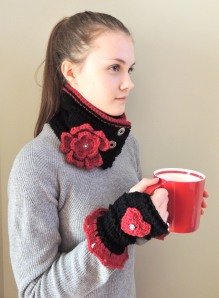Floral Hearts scarf, Treasured Hearts Hand warmers