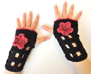 Shoji Cherry Blossom fingerless gloves