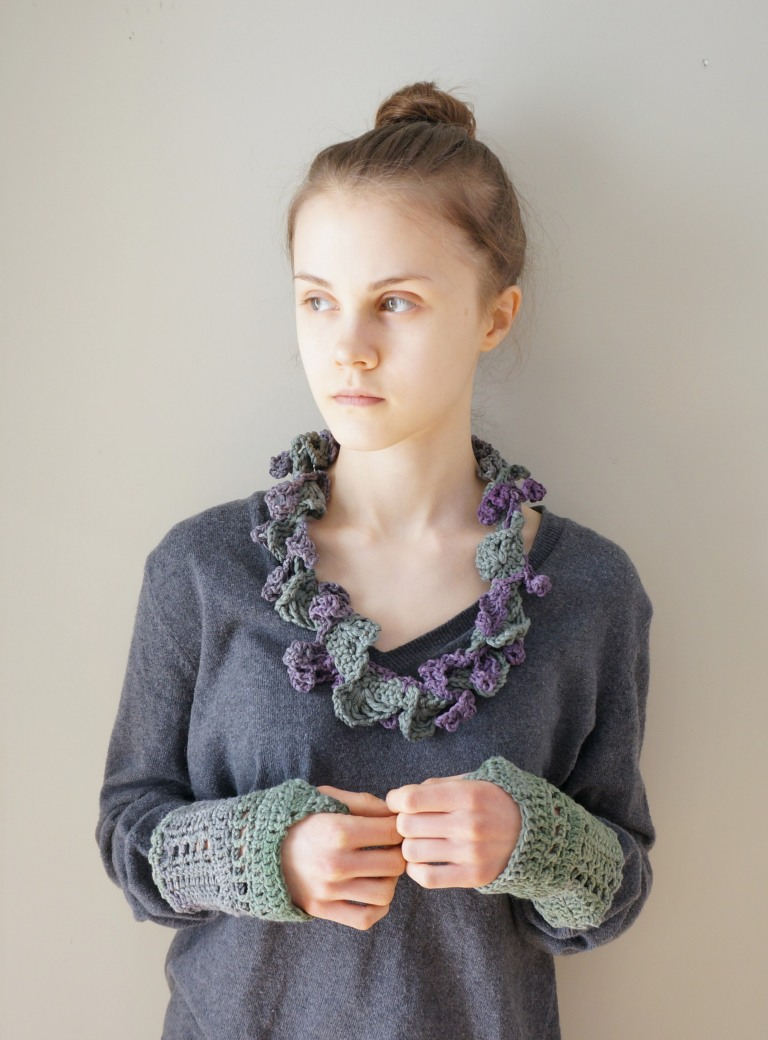 Elegant lace infinty scarf purple green combo hand warmer