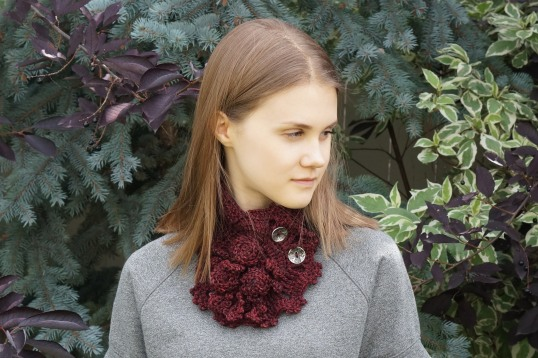 Roses R... Beautiful scarf burgandy2