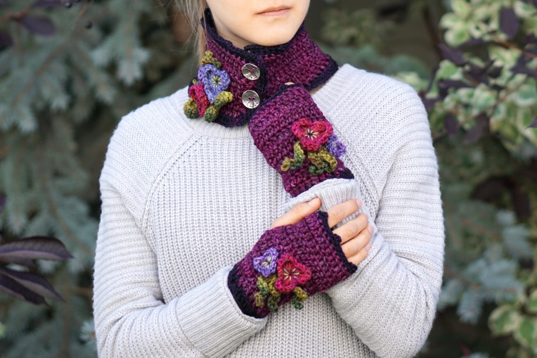 pansy collar scarf mulberry2