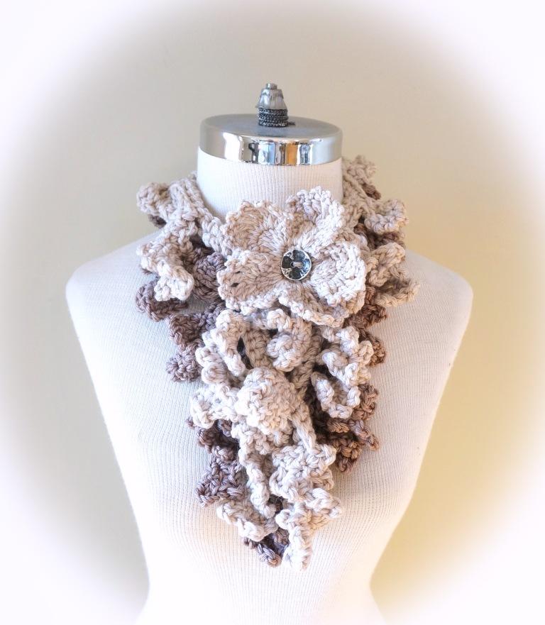 floral frieze vines scarf gothic ivory beige med vin