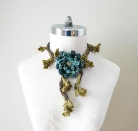 floral frieze collar scarf grey blue green brown2