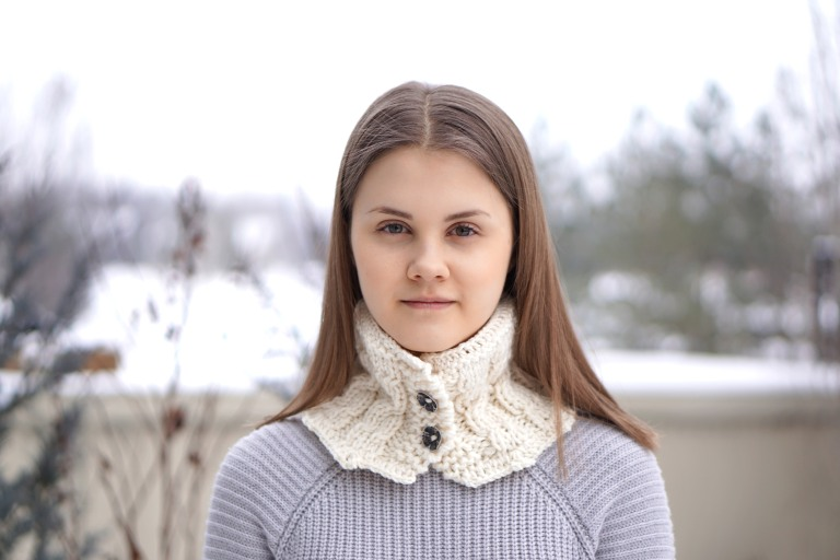 cozy cable collar scarf4