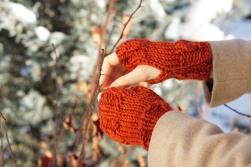 joy cable hand warmer orange1