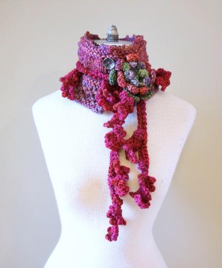 floral vines knit pink