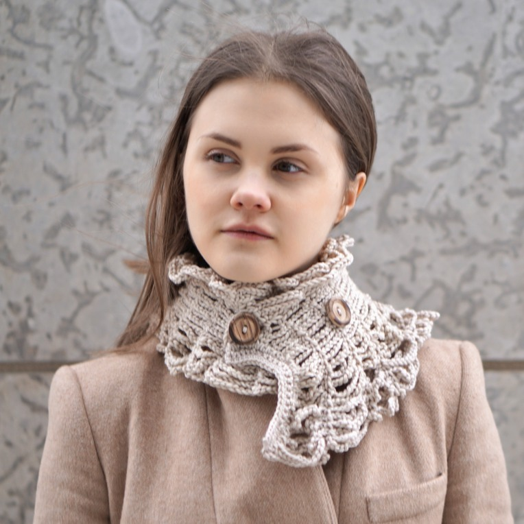 wired to the past collar scarf ivory1