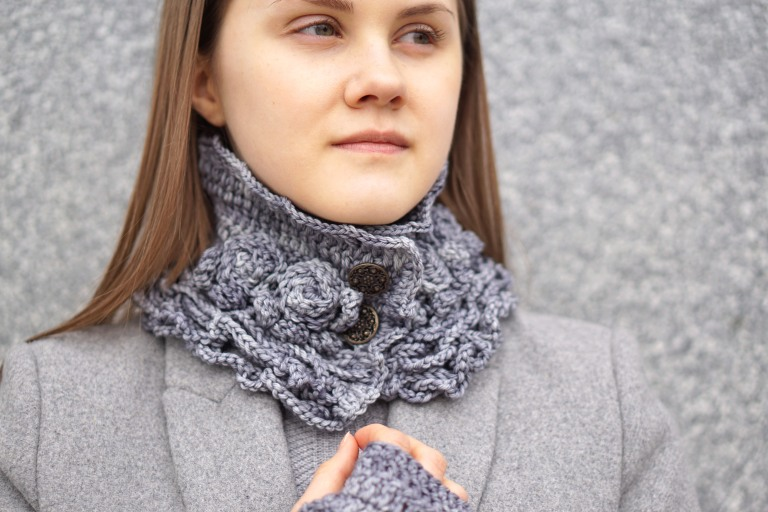 sophia rose collar scarf light gray
