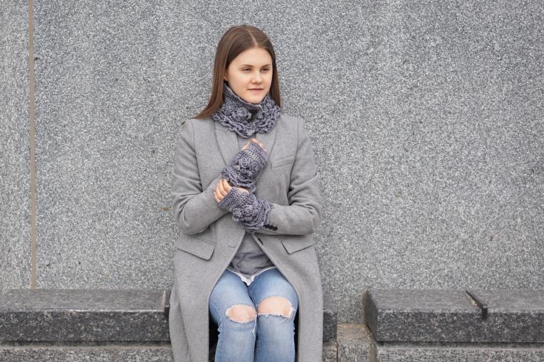 sophia rose elegant collar scarf gray4