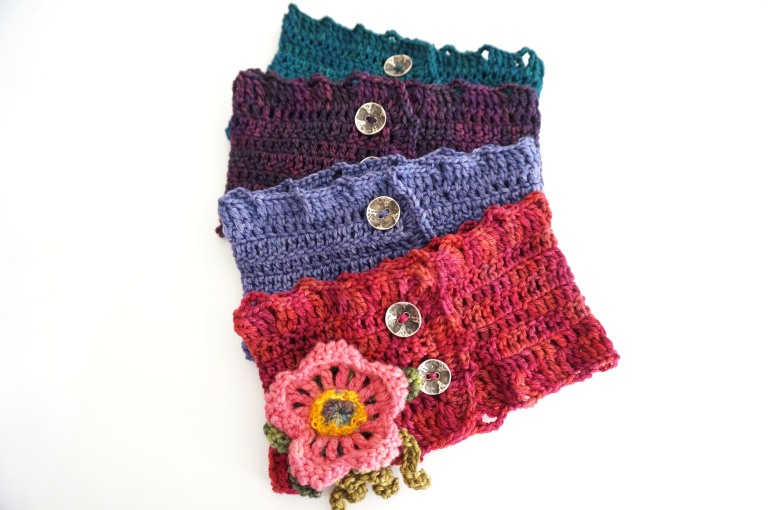wild rose collar scarf multi