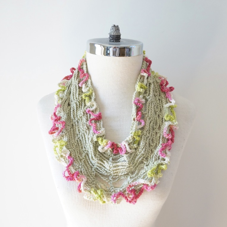 infinity tshirt scarf green pink white