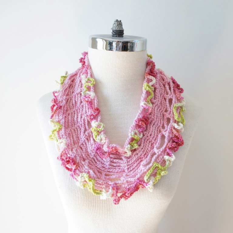 infinity tshirt scarf pink green white2