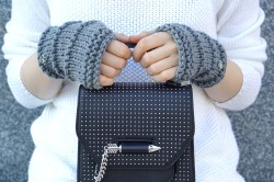 elle hand warmers gray