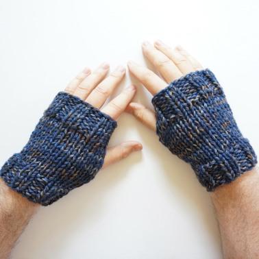 men's hand warmers navy gray1
