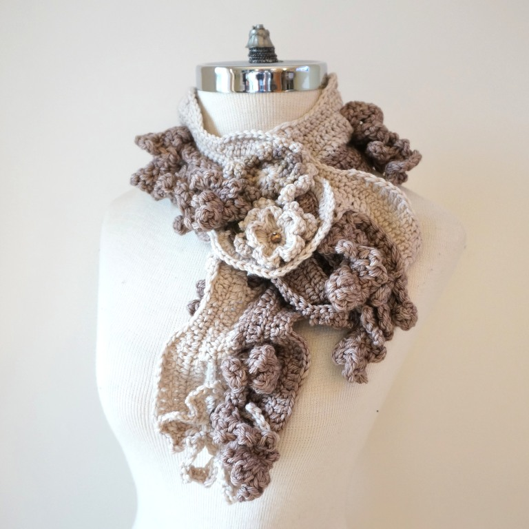 floral-scarf-architectural-design-ivory-beige4