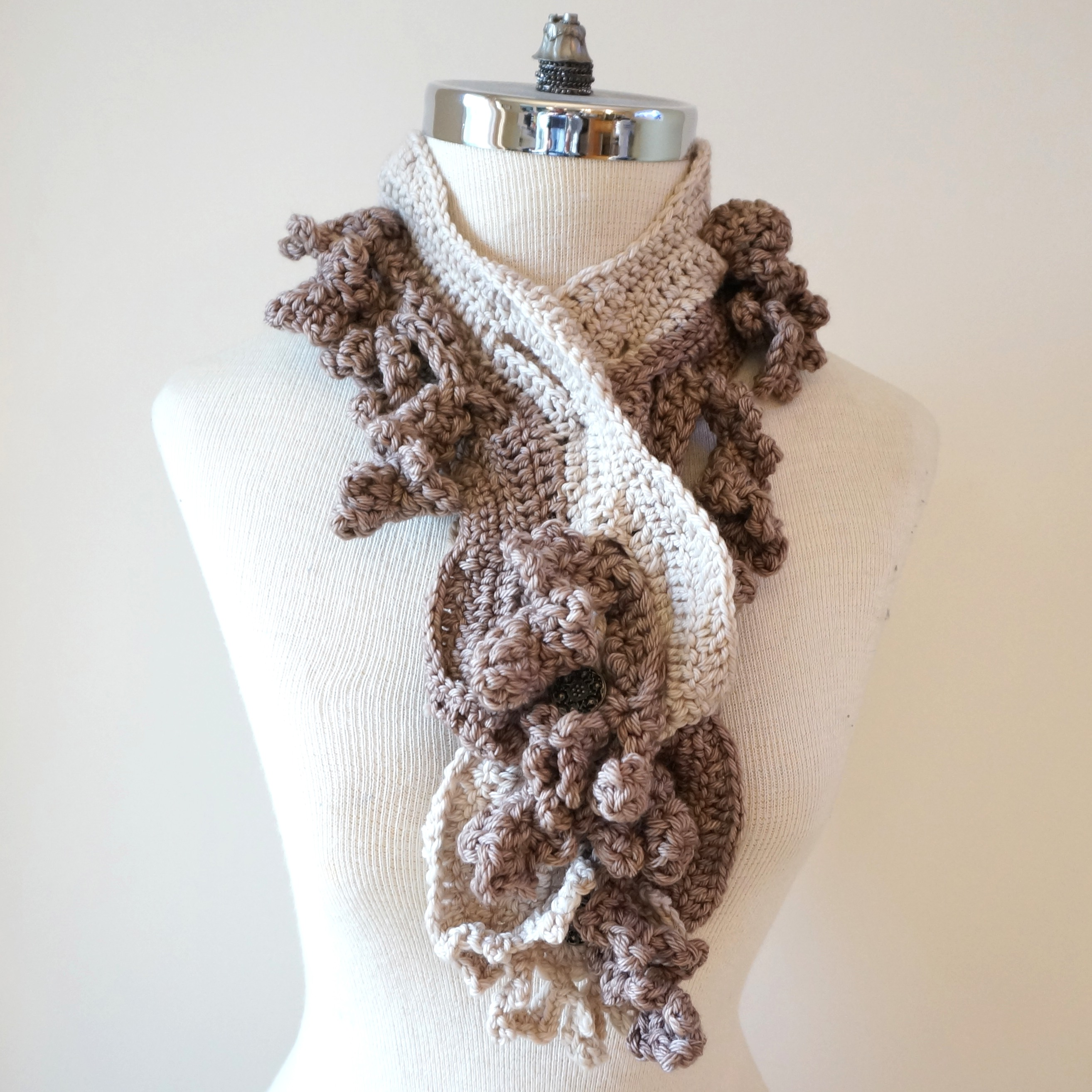 floral-scarf-architectural-design-ivory-beige6