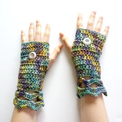 elegant-arm-warmer-blue-green-mix