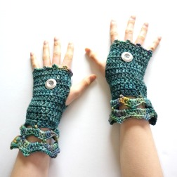 elegant-arm-warmer-teal-blue-green-mix