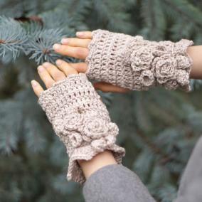 elegant-rose-hand-warmers-ivory2