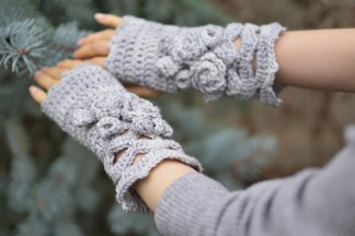elegant-rose-hand-warmers-long-soft-gray
