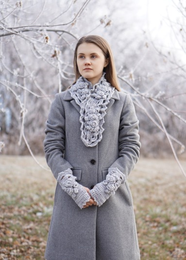 elegant-rose-long-scarf-snowfall-gray-hand-warmers11