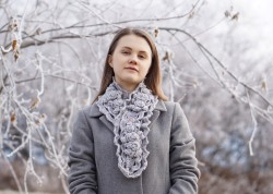 elegant-rose-long-scarf-snowfall-gray-hand-warmers17