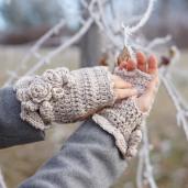 elegant-rose-scarf-hand-warmers-ivory8