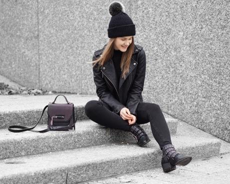 hat11-1