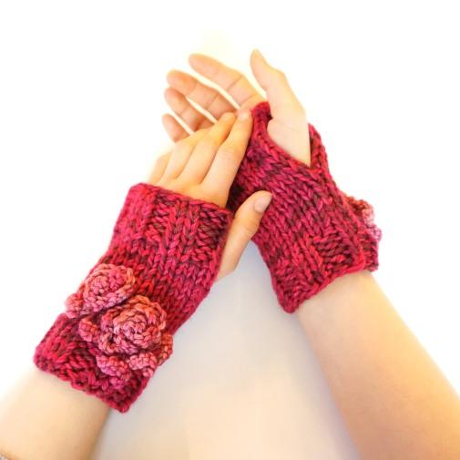 rose-hand-warmer-pink2