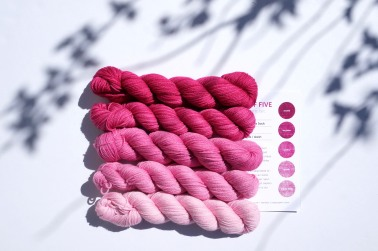 knitting-yarn-party-of-5-pinks