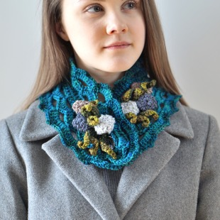 beach-stone-scarf-collar-blue-7