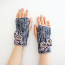 blossom hand warmers gray