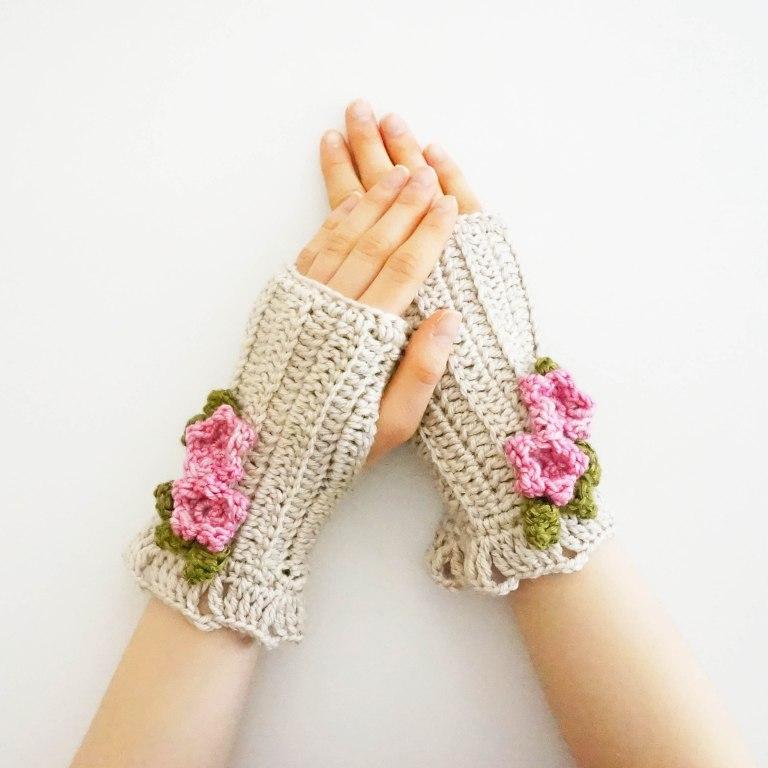 blossom hand warmers ivory1