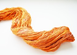 wormgoo yarn orange1